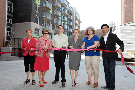 Diane Holmes, Ottawa City Councillor; the Honourable Diane Finley, Minister of Human Resources and Skills Development and Minister responsible for Canada Mortgage and Housing Corporation (CMHC); Ray Sullivan, Executive Director, Centretown Citizens Ottawa Corporation (CCOC); the Honourable Kathleen Wynne, Ontario Minister of Municipal Affairs and Housing and Minister of Aboriginal Affairs; Calinda Brown, CCOC Board President; and Yasir Naqvi, Member of Provincial Parliament for Ottawa Centre.